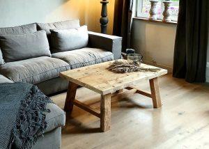 salontafel van gebruikt hout